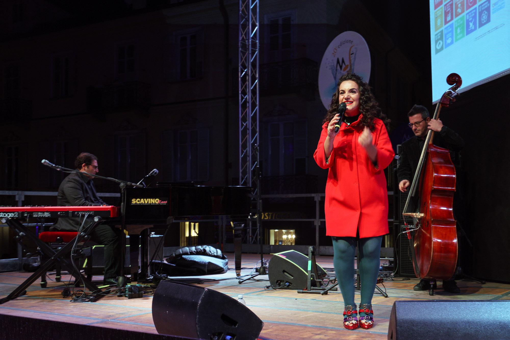 """Simona De Rosa with Scnnapieco and Di Martino - """"With respect to Ella"""""""