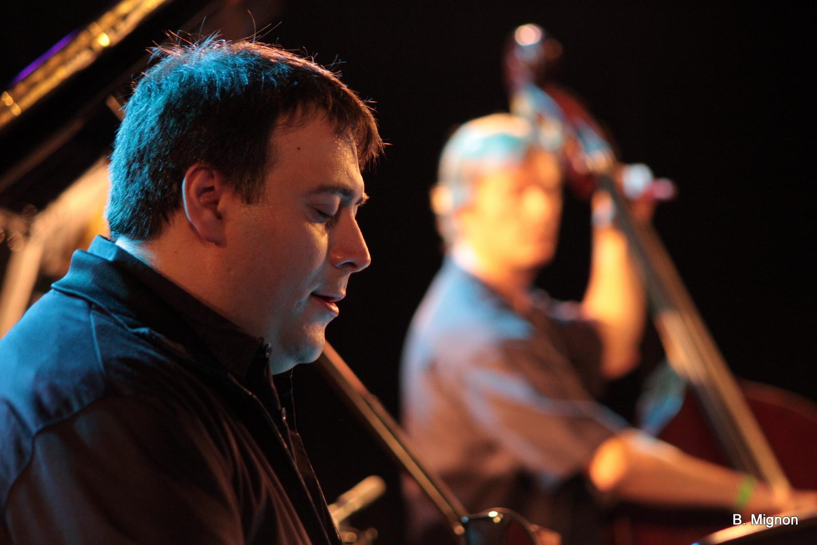 Eric Legnini Trio Feat. Krystel Warren - Festival Comblain la Tour - Belgium - 2011