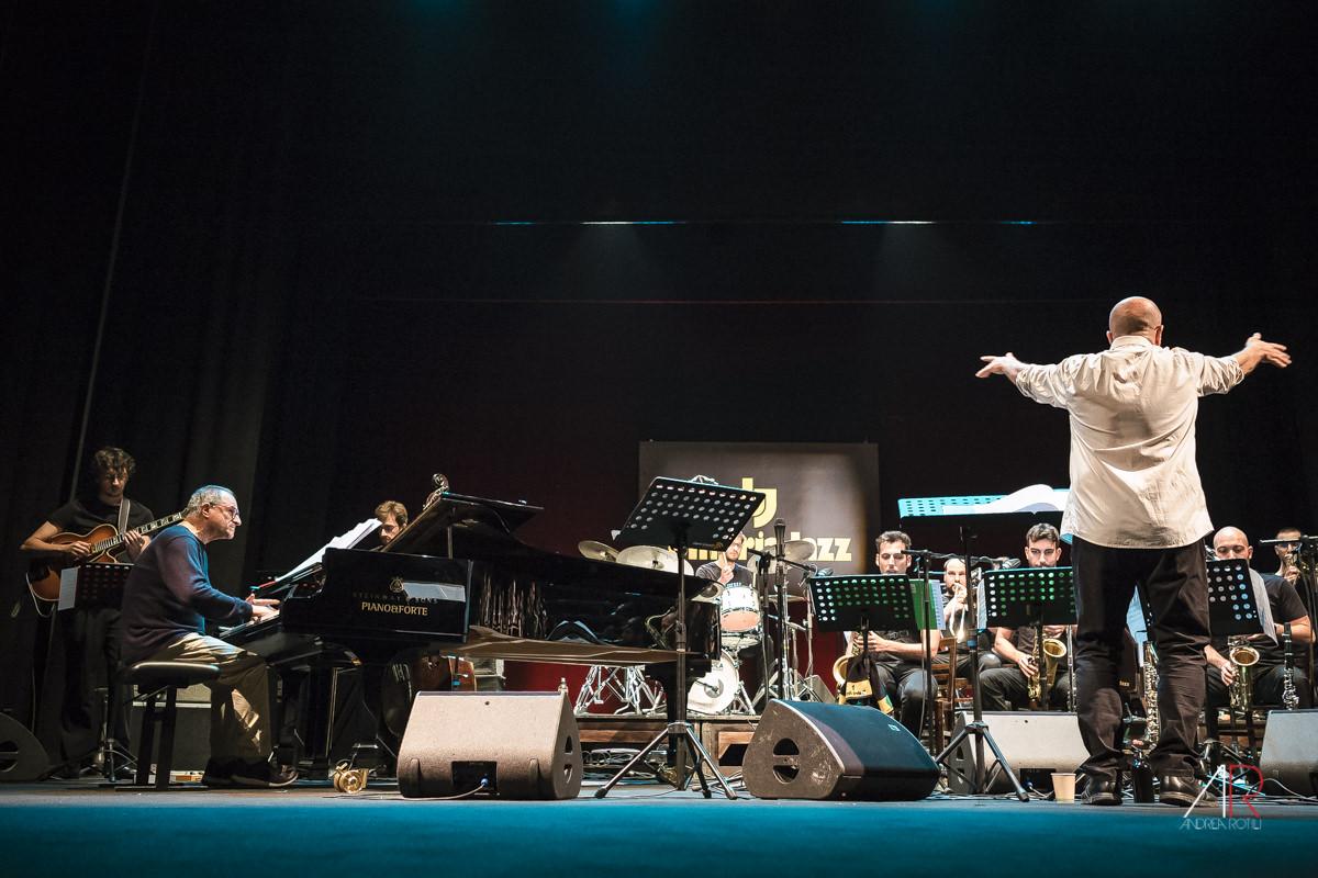 New talent Jazz Orchestra / guest Enrico Pieranunzi