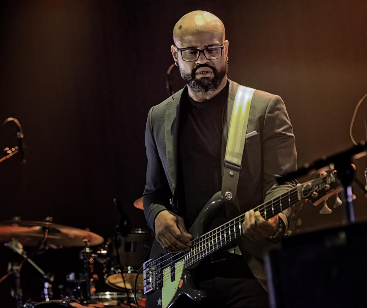 Tone Whitfield with Bilal at The Montreal International Jazz Festival 2016