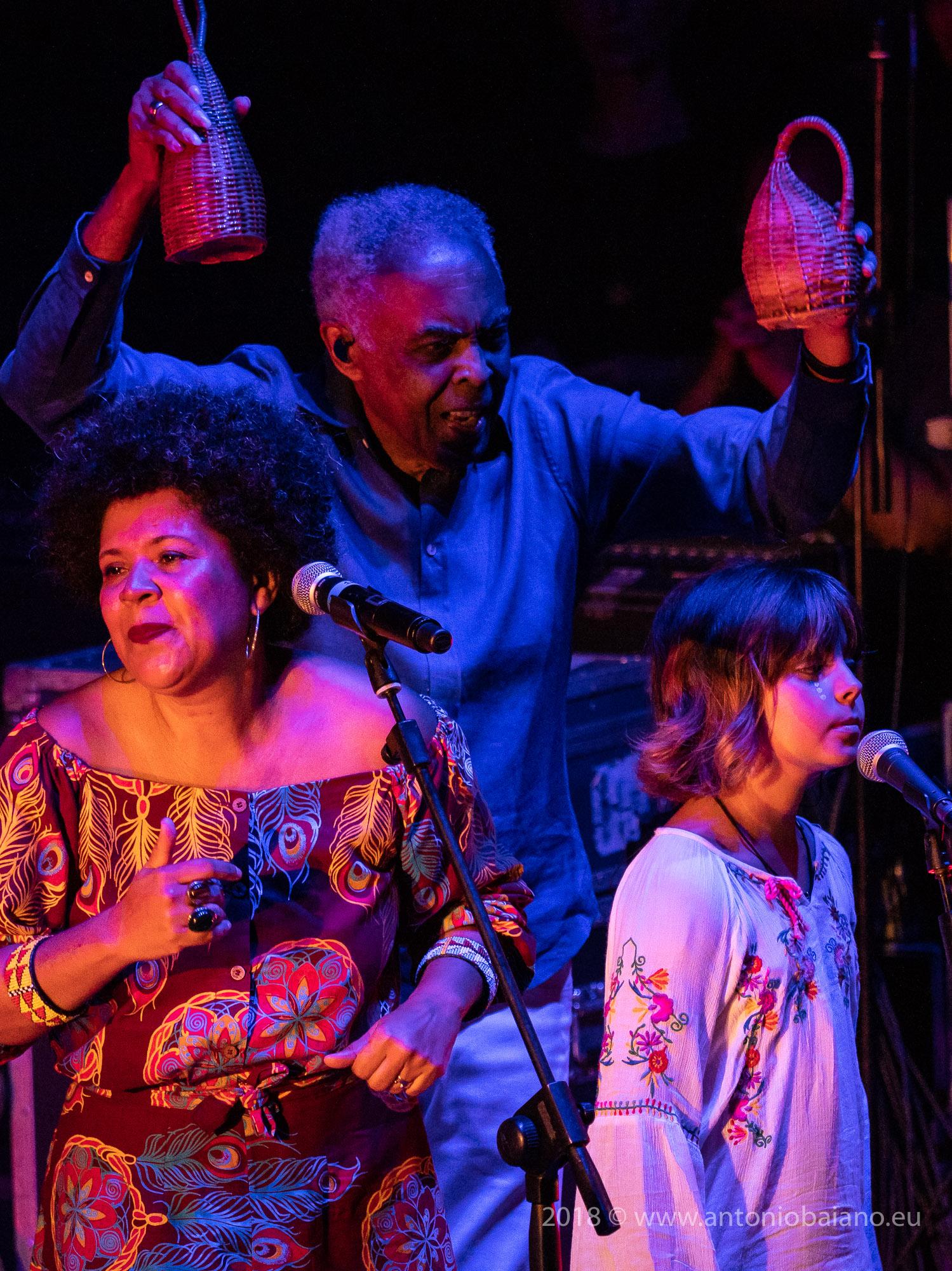 Gilberto Gil with Nara Gil, Flor Demasi - Refavela 40