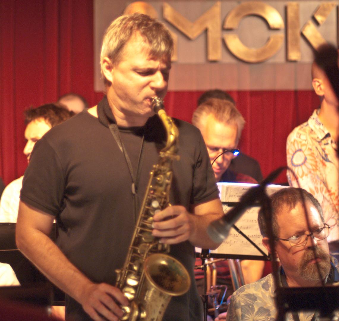 Jon Gordon with Bill Mobley and the Smoke Big Band