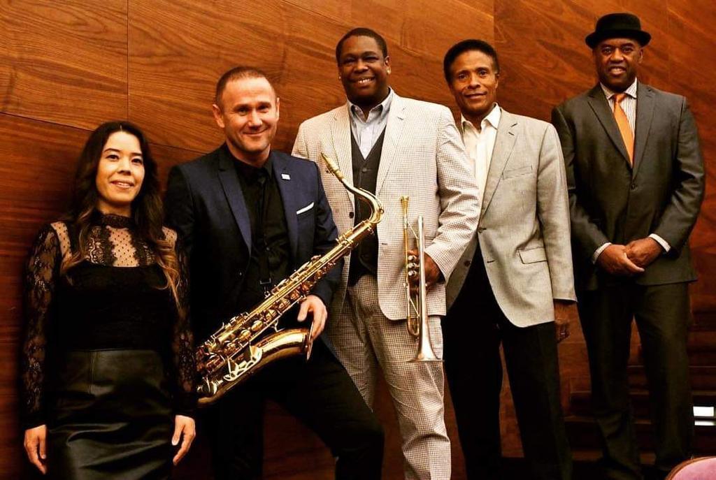 Sylwester Ostrowski with Jazz Brigade