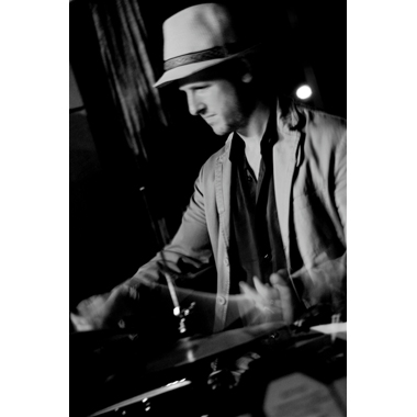 Tobias Gebb Playing Live at the Kitano with Bobby Watson