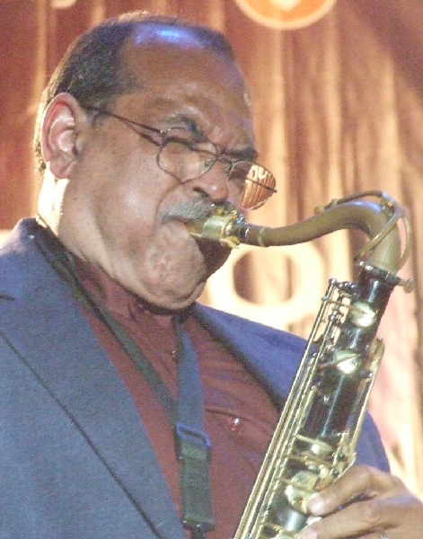 Special Guest Ernie Watts with the Kurt Elling Quartet at 2010 Chicago Jazz Festival