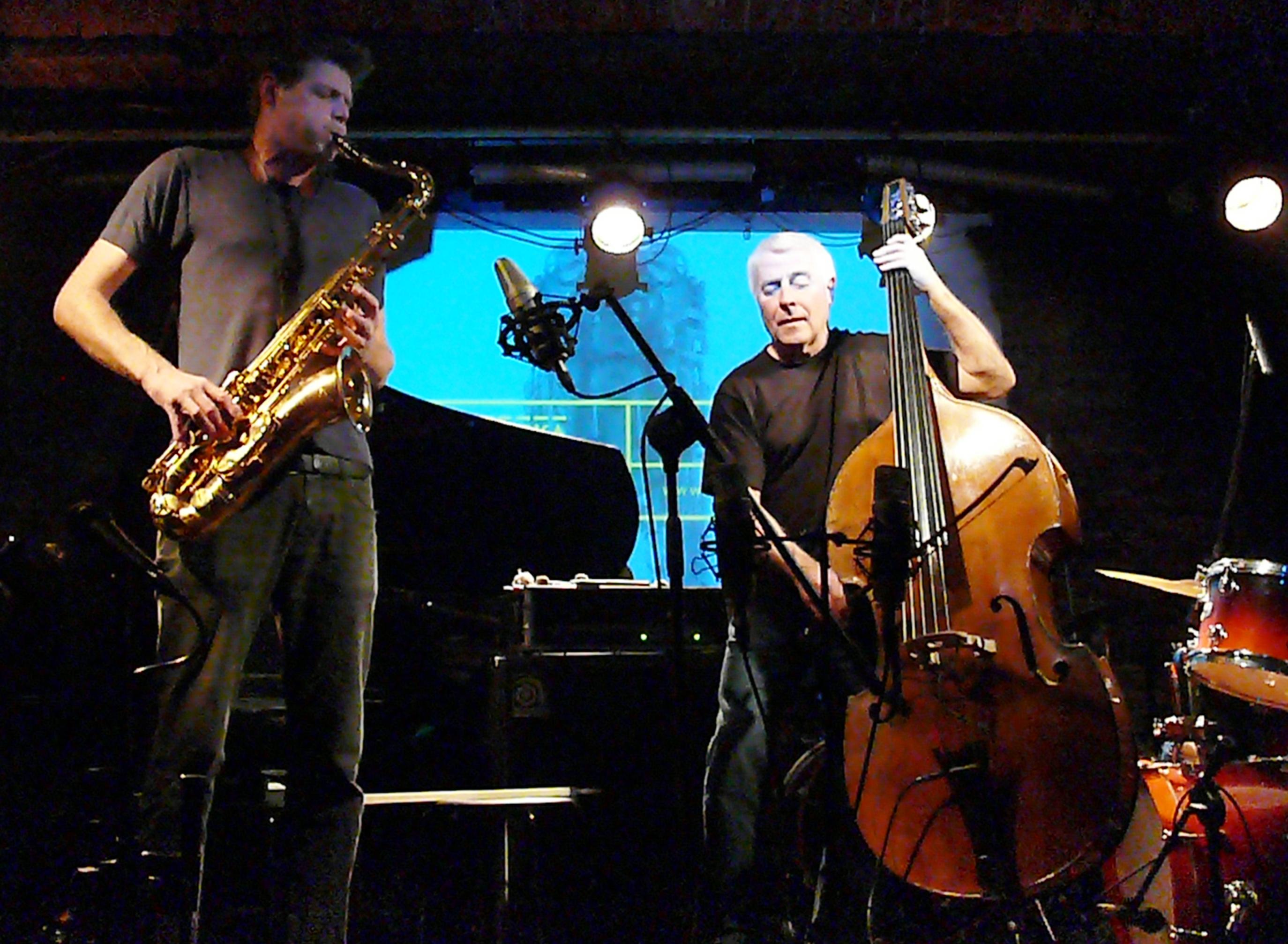 Torben Snekkestad and Barry Guy at Alchemia, Krakow in November 2014