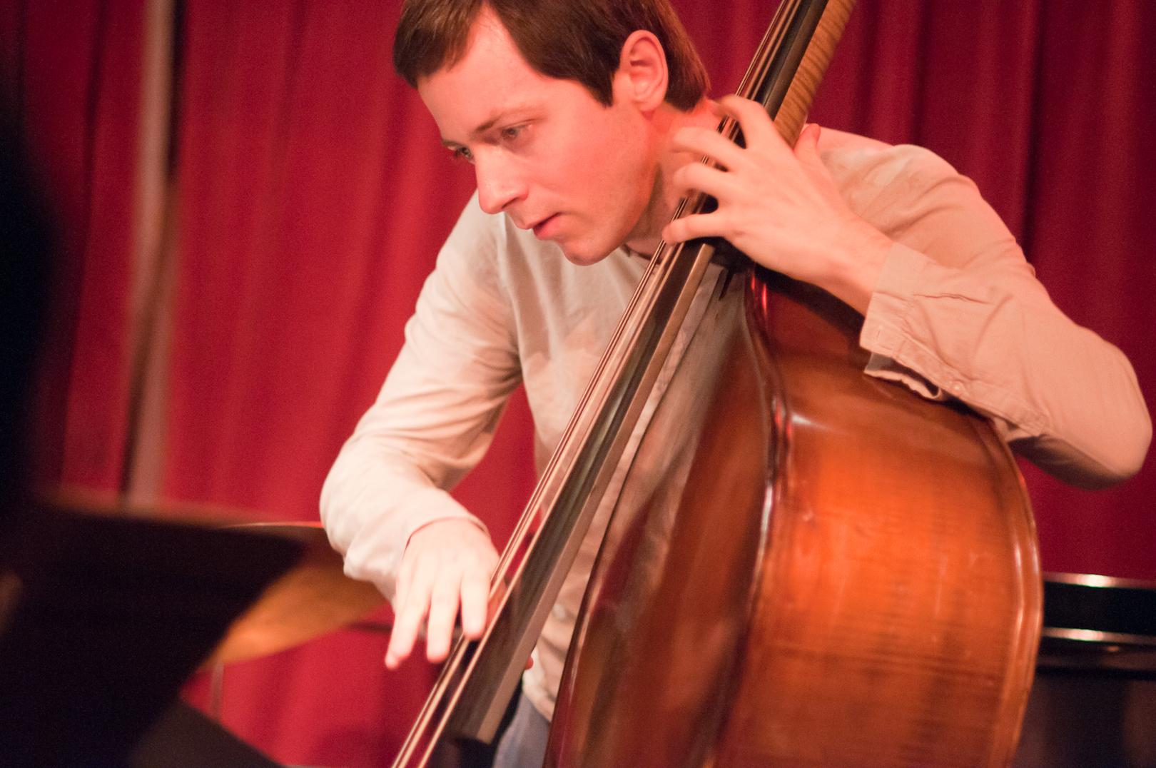 Thomas Morgan with the Scott Dubois Quartet