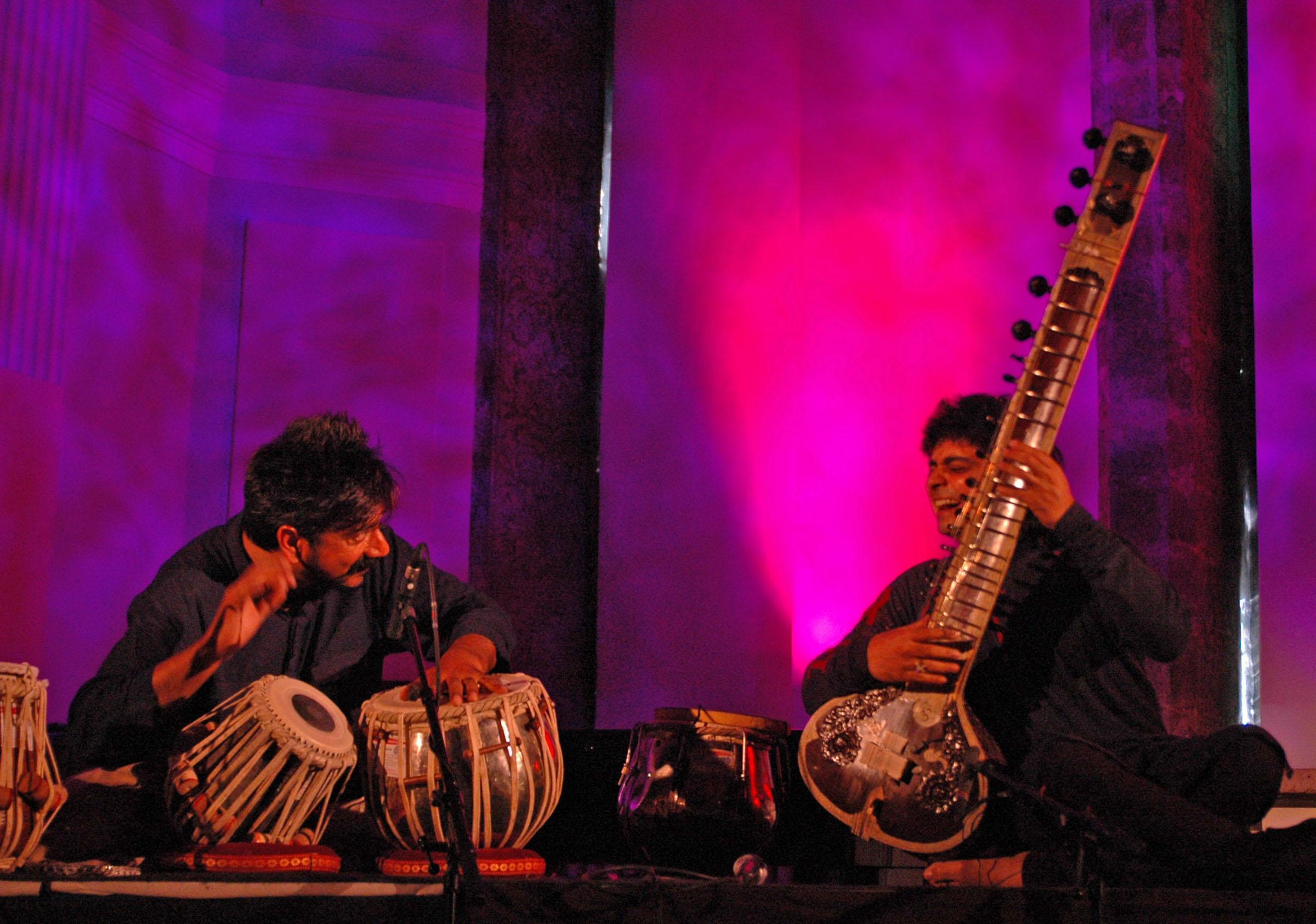 Talvin Singh and Niladri Kumar at Jazzkaar