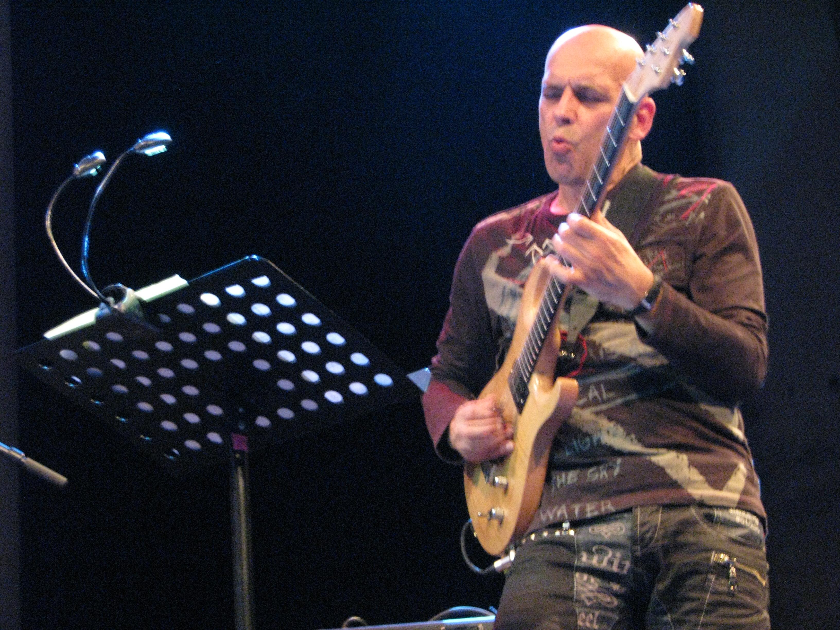 Marc ducret jazzdor berlin 2013