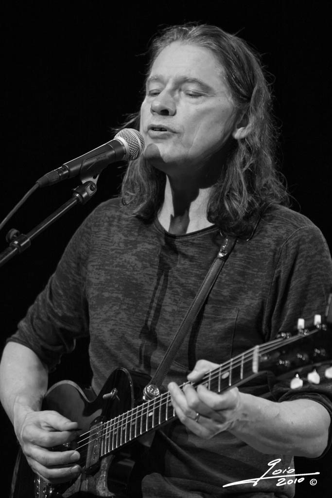 Robben Ford-2010 - (1)