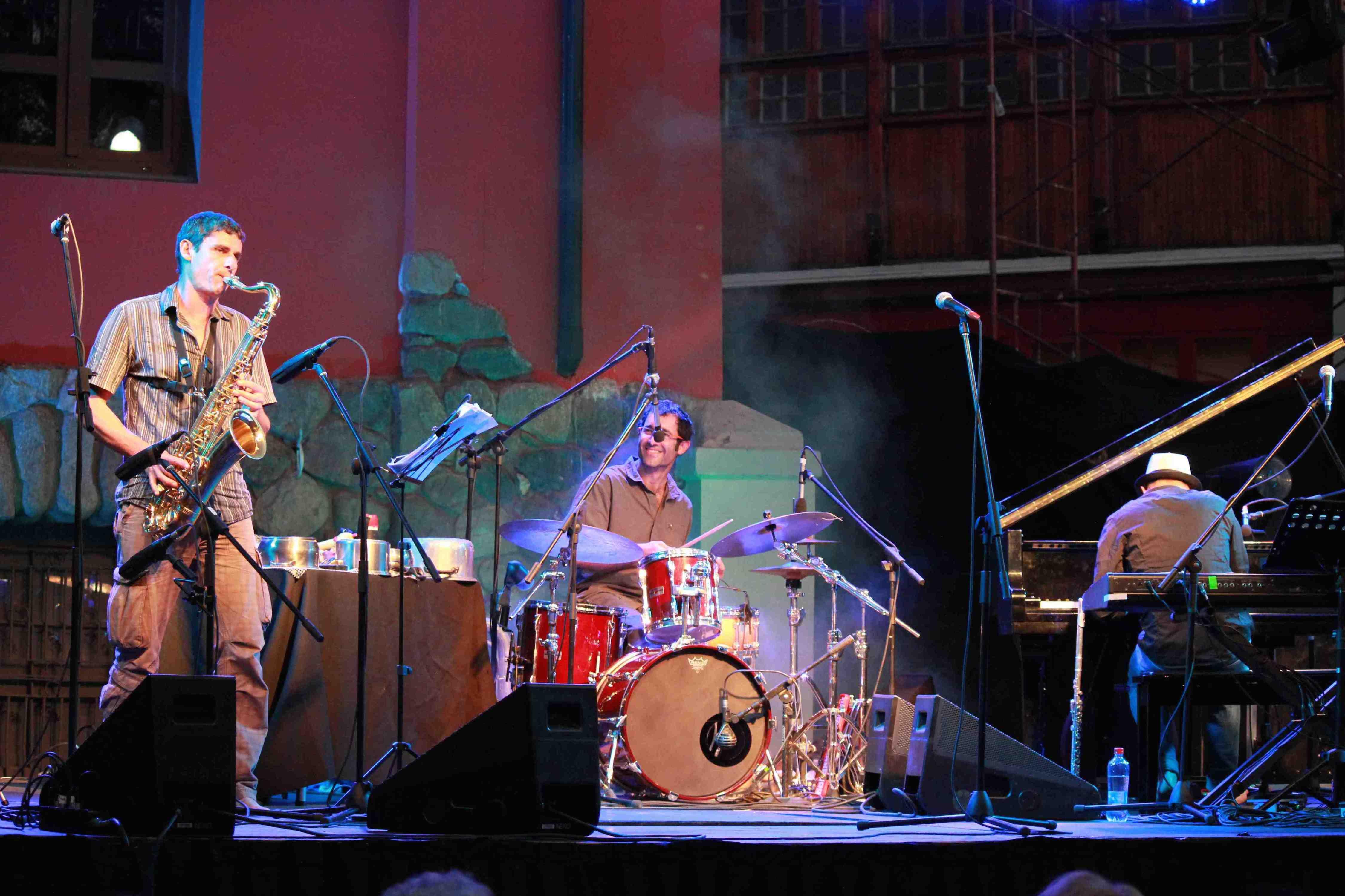 Trio D'en Bas