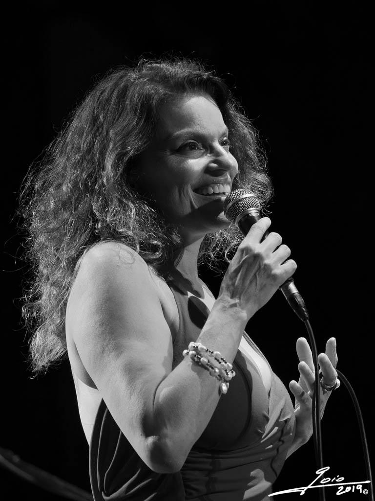 Roberta Gambarini-2019-(2)