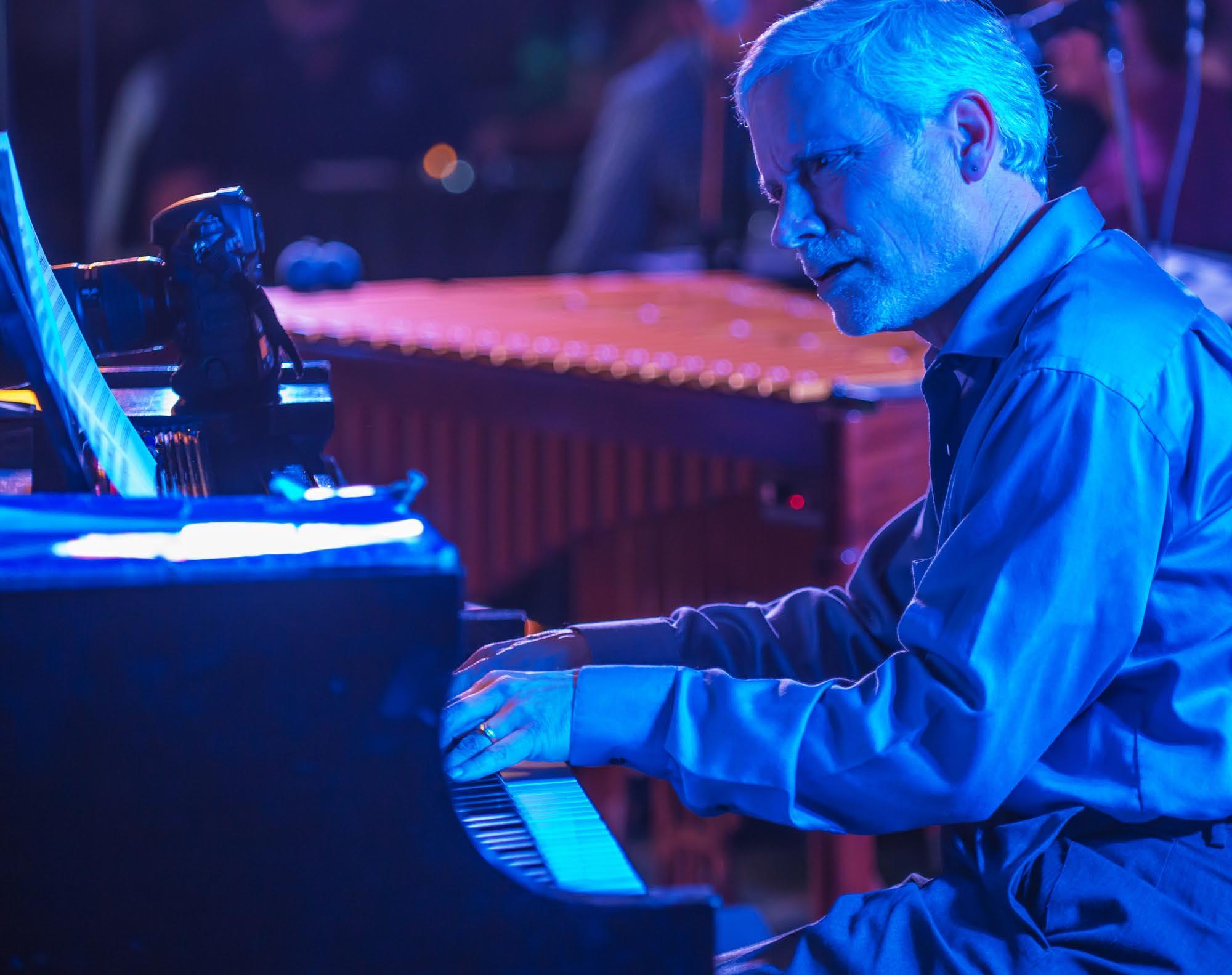 Warren Wolf w/ John Toomey Trio