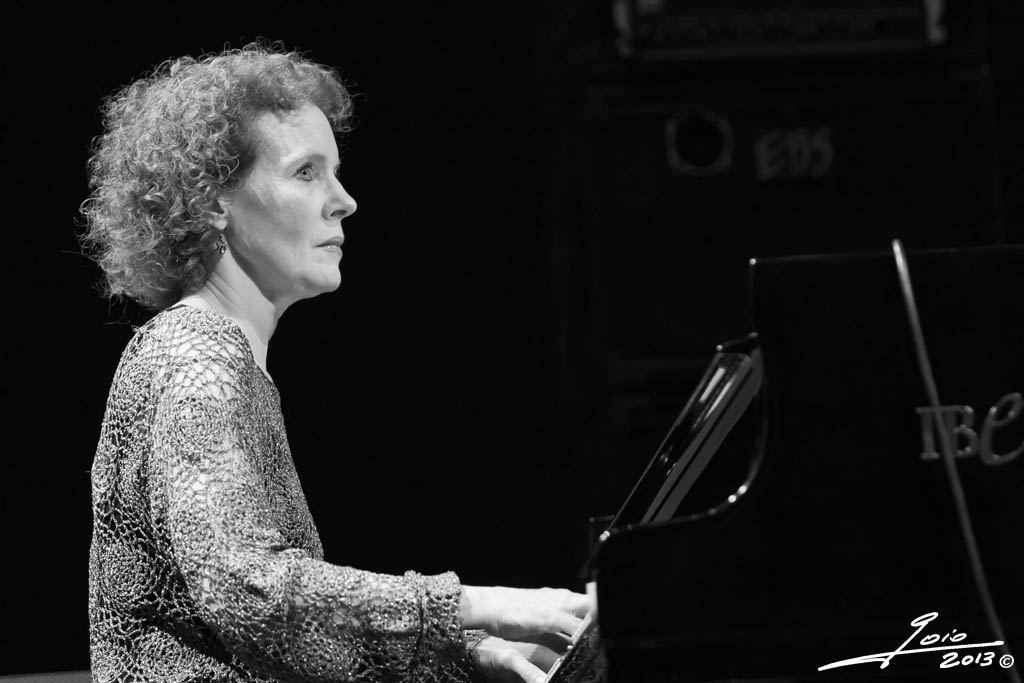 Lynne arriale-2013-(1)