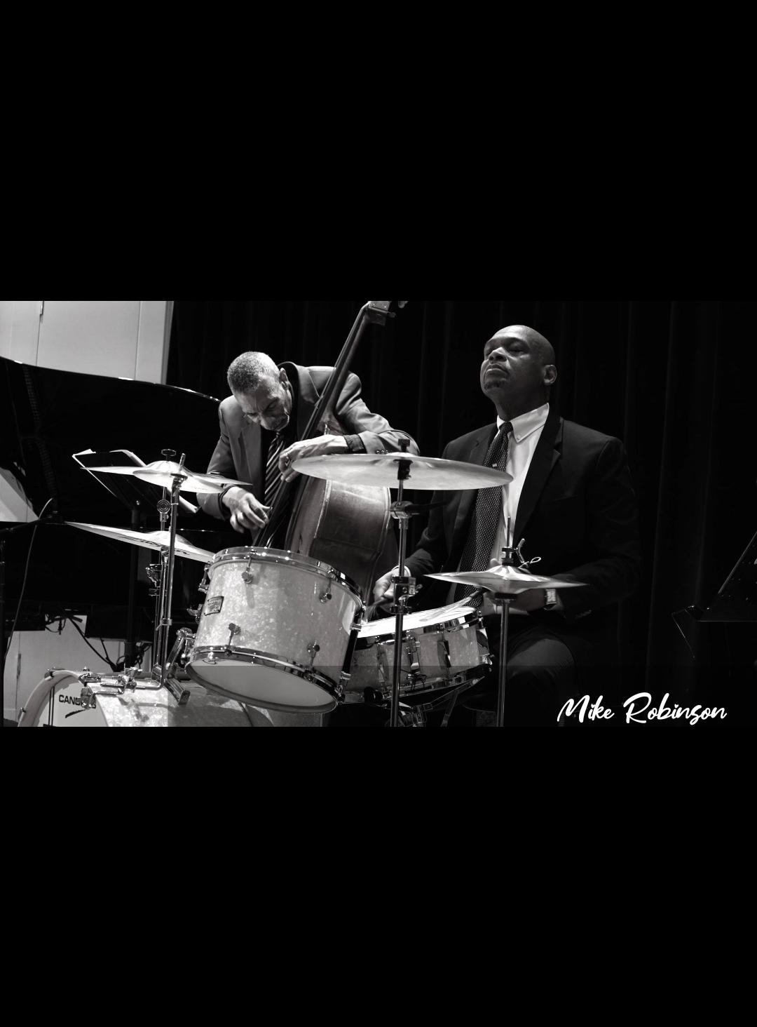 Wayne Henderson - drums