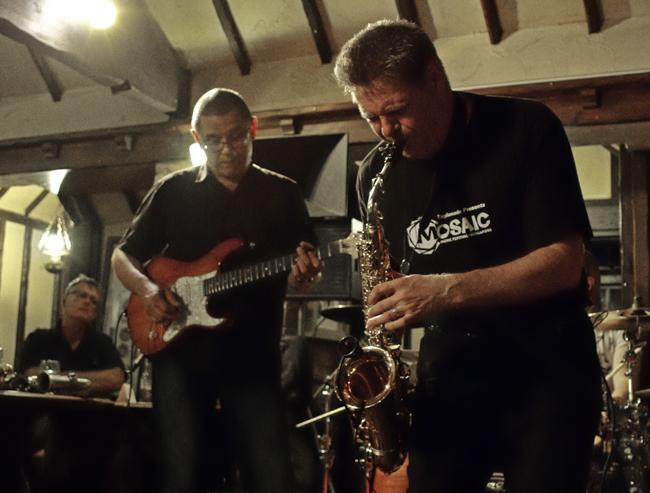 Tim Cansfield, Derek Nah