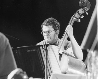 Charlie Haden 0324135 Pendley Jazz, UK July 1985 Images of Jazz
