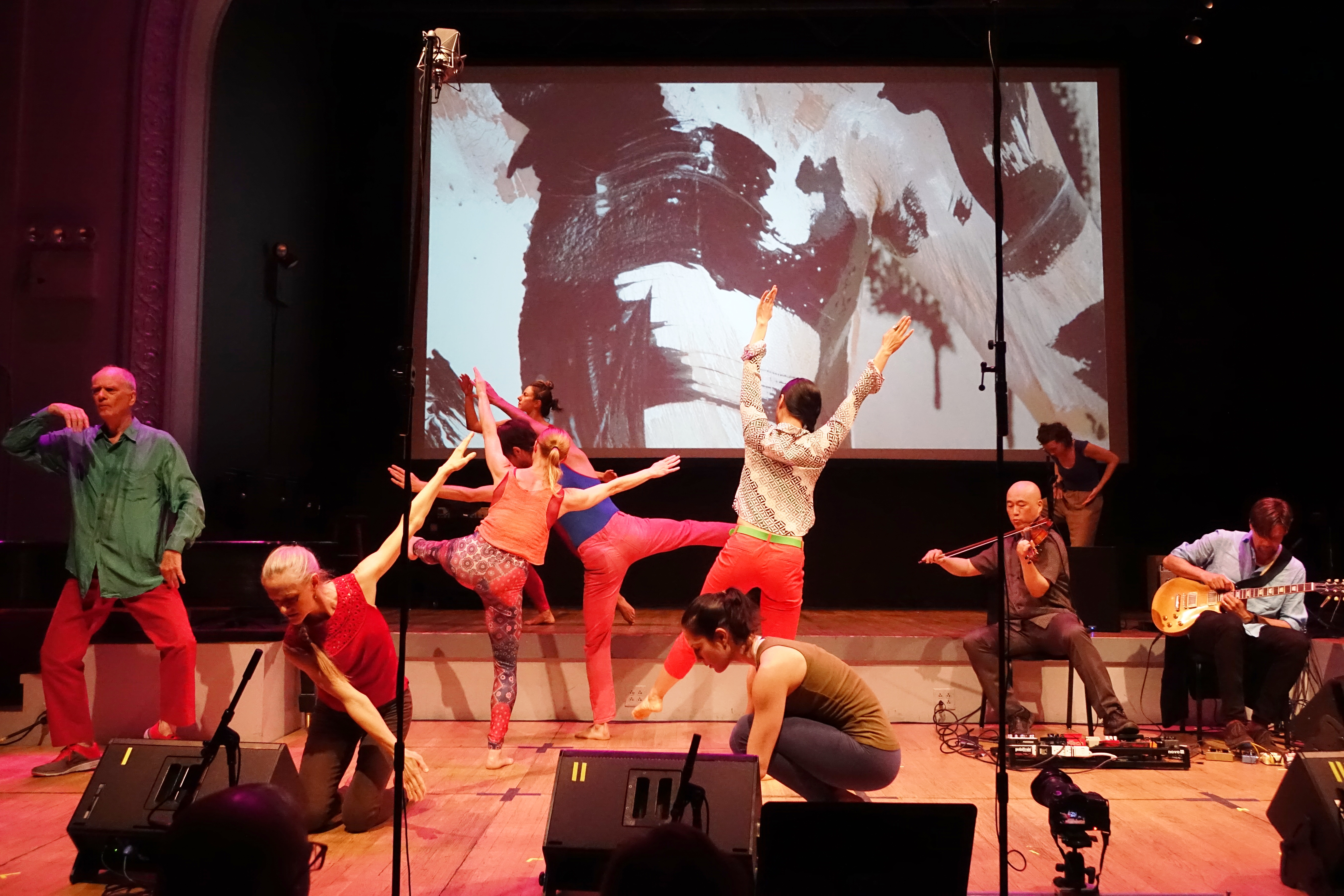 Douglas Dunn dancers with Jason Kao Hwang and Anders Nilsson at the Vision Festival at Roulette, Brooklyn in May 2018