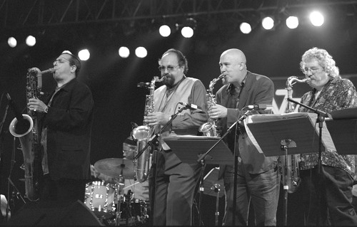 Gary Smulian (with Joe Lovano, Steve Slagle and Ralph Lalama) / Vitoria 2001