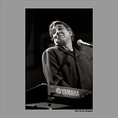 Ivan Lins, Palais Beaux Arts, Brussels, Belgium, November 2003