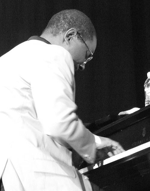 2006 Chicago Jazz Festival, Saturday: James Weidman with Joe Lovano Nonet