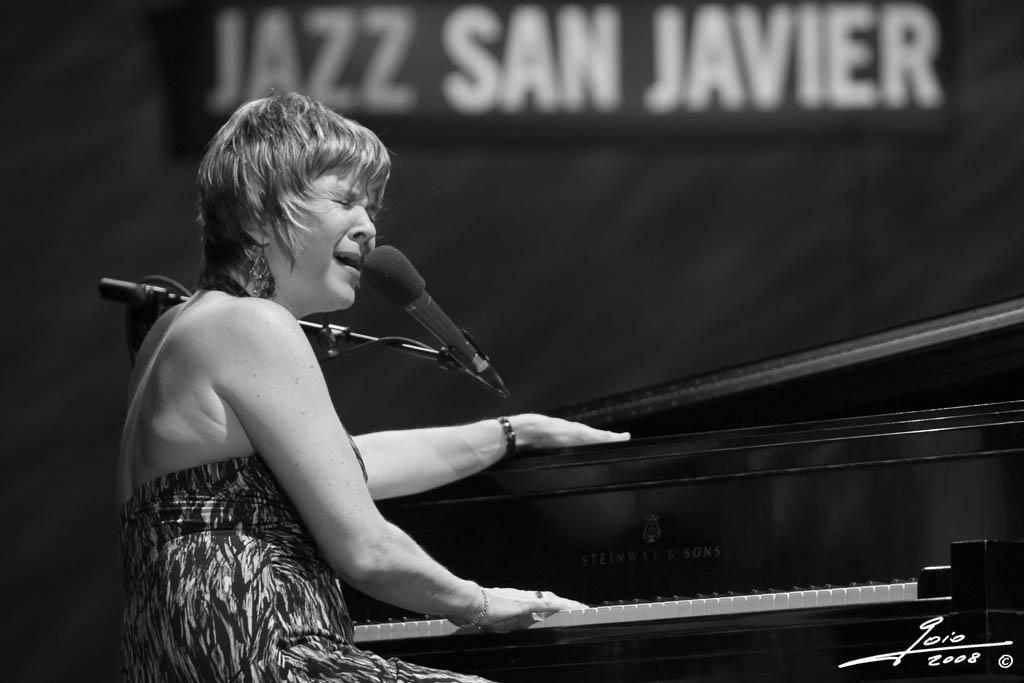 Karrin Allyson (2)-2008