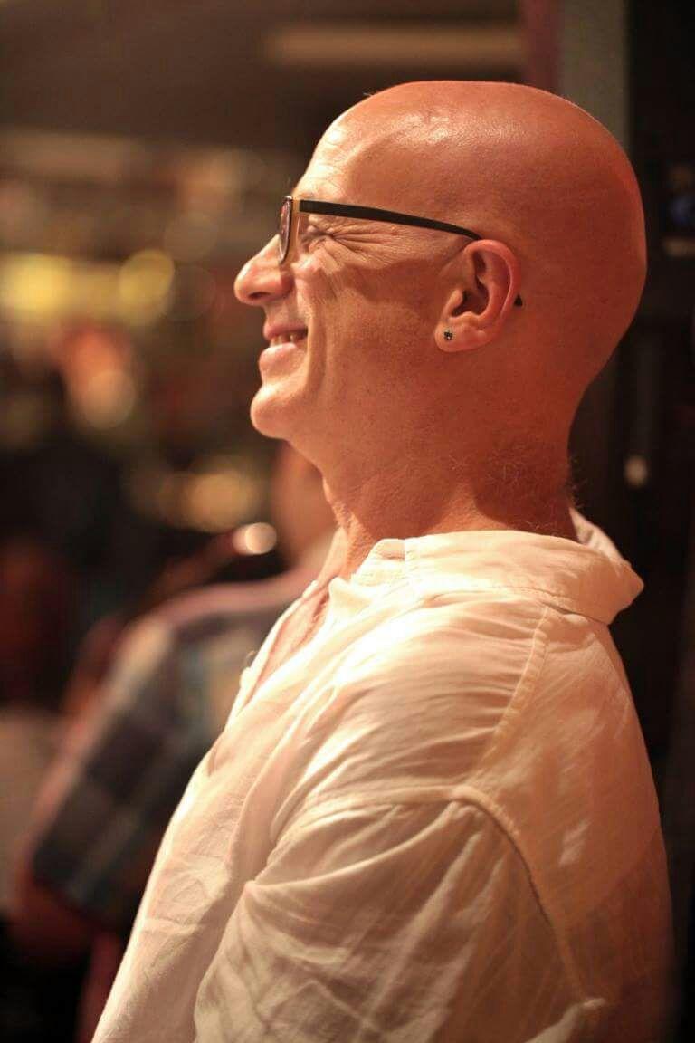 Clifford Korman plays at Triboz-Rio