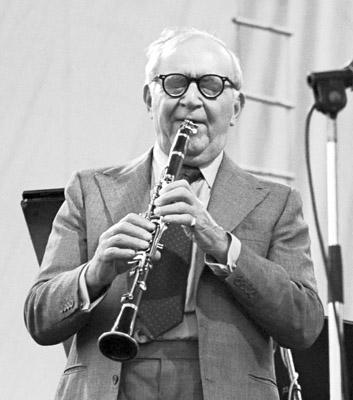 Benny Goodman 0317823 Capital Jazz Festival, Knebworth, UK July 1982 Imagesofjazz