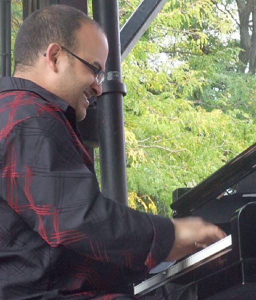 Adrean Farrugia with the Brad Goode Quartet at 2010 Chicago Jazz Festival