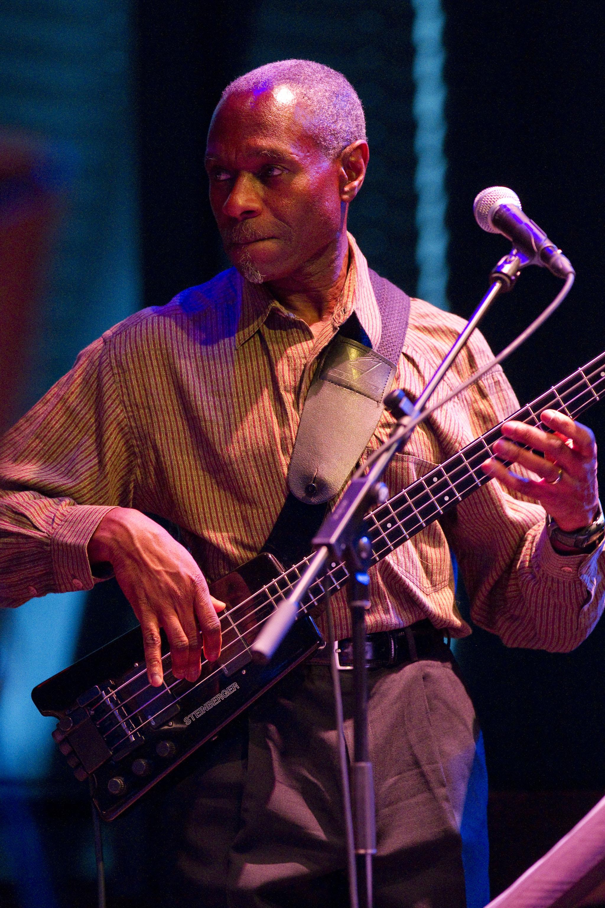 Jerome Harris (Jack DeJohnette Quintet)