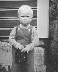 Photographer Jan Hangeland @ Age 2