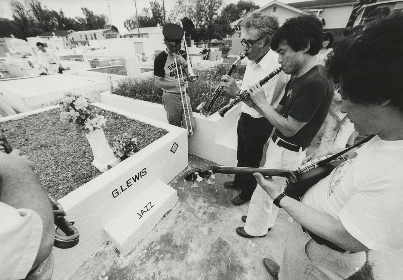 Grave of george lewis