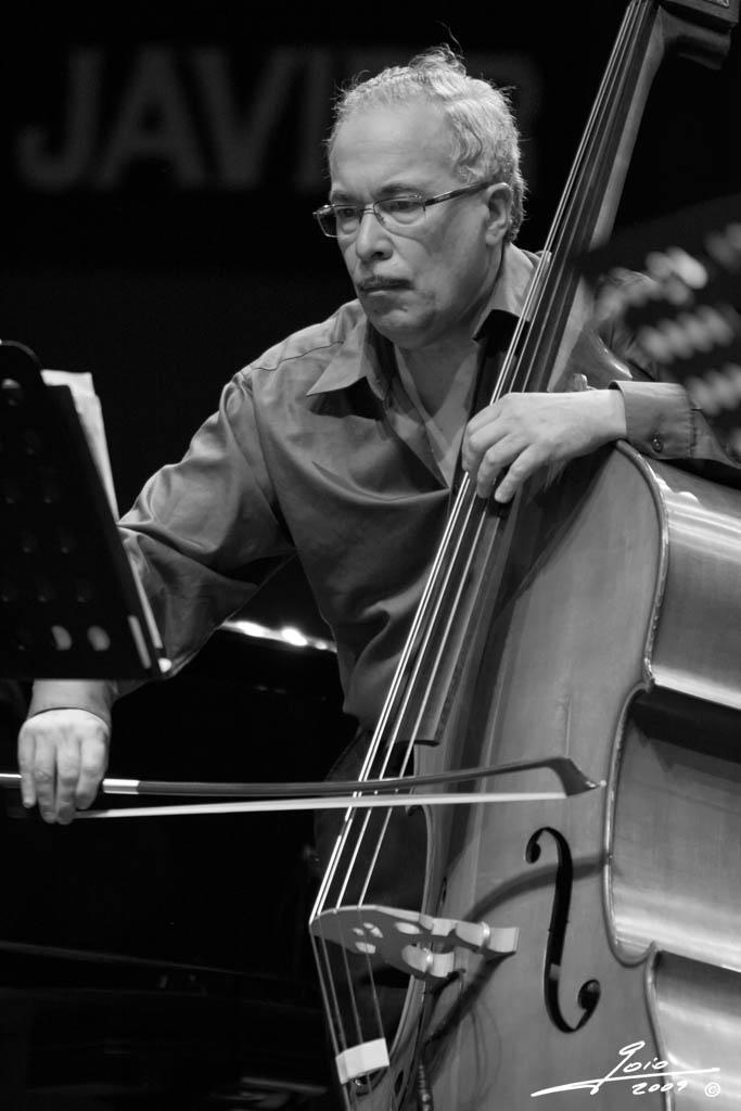 Eddie Gomez-2009