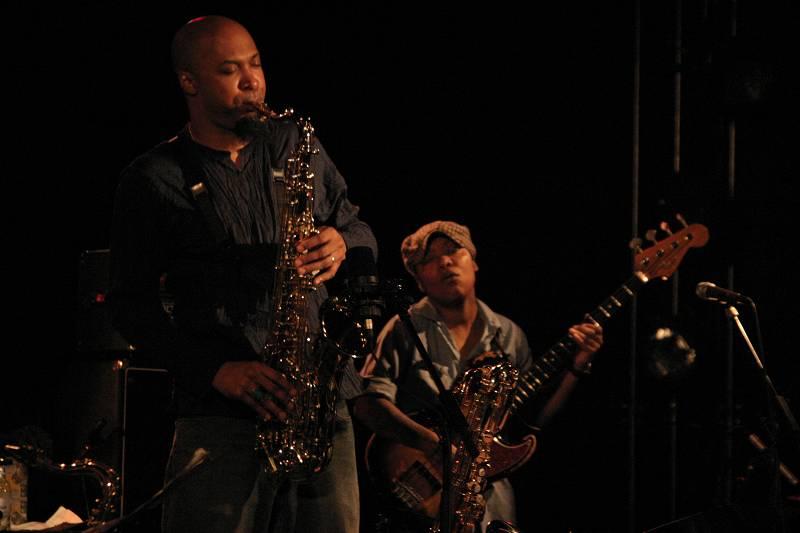"Ron Blake and Meshell Ndegeocello with ""Meshell Ndegeocello Presents the Spirit Jamia"" at Cully Jazz Festival, Switzerland, 2005"