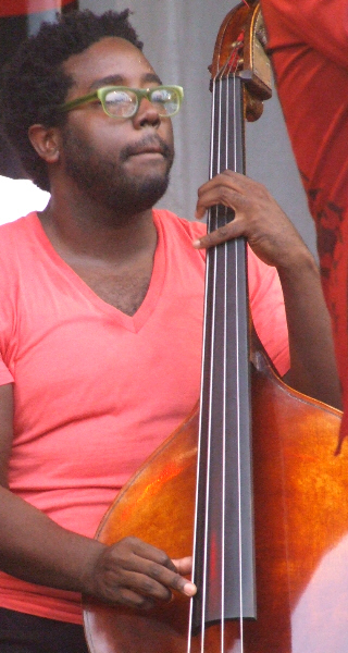 Solomon Dorsey with Maurice Brown Effect at 2011 Chicago Jazz Festival