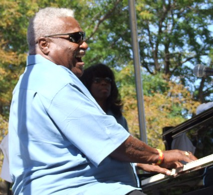 2008 Chicago Jazz Festival, Saturday: John Wright Leads the Quartet in His South Side Soul Music