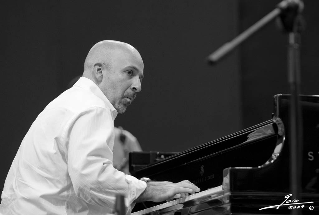 Peter Martin-2009