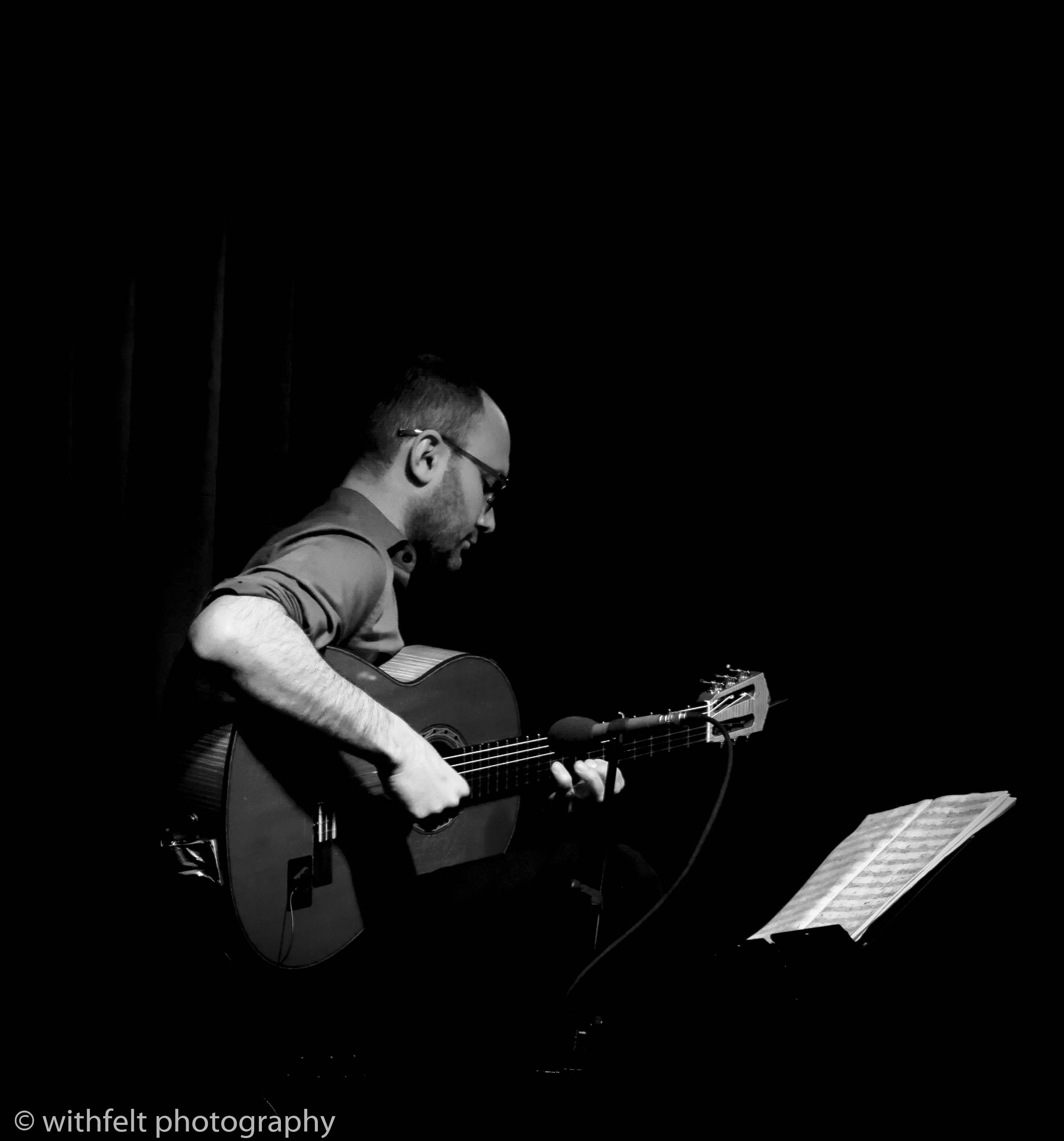 Kevin Seddiki, guitar