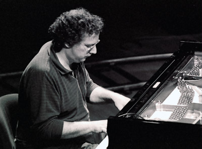 Uri Caine 1202729 Brecon International Jazz Festival, Brecon, Powys, Wales. August 2002. Images of Jazz