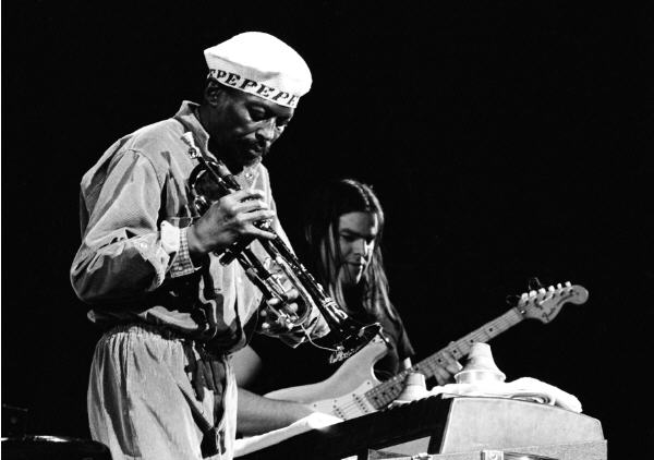 Miles Davis, Mike Stern