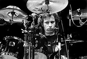 Dave Weckl (1994): Played with Mike Stern and Jeff Andrews on Bass.