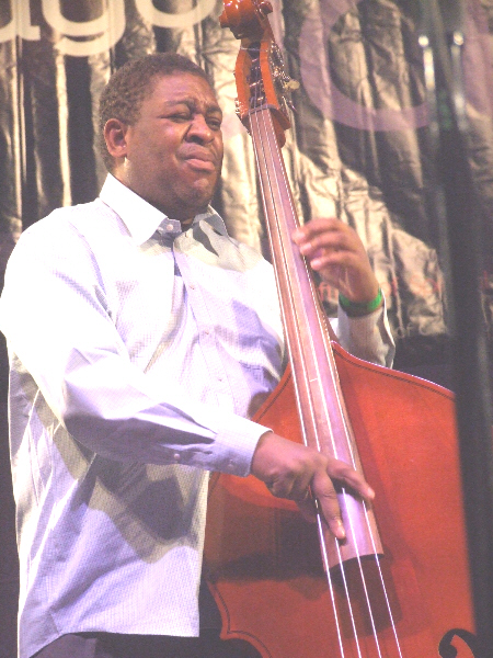 Dwayne Burno with Charisma at 2010 Chicago Jazz Festival