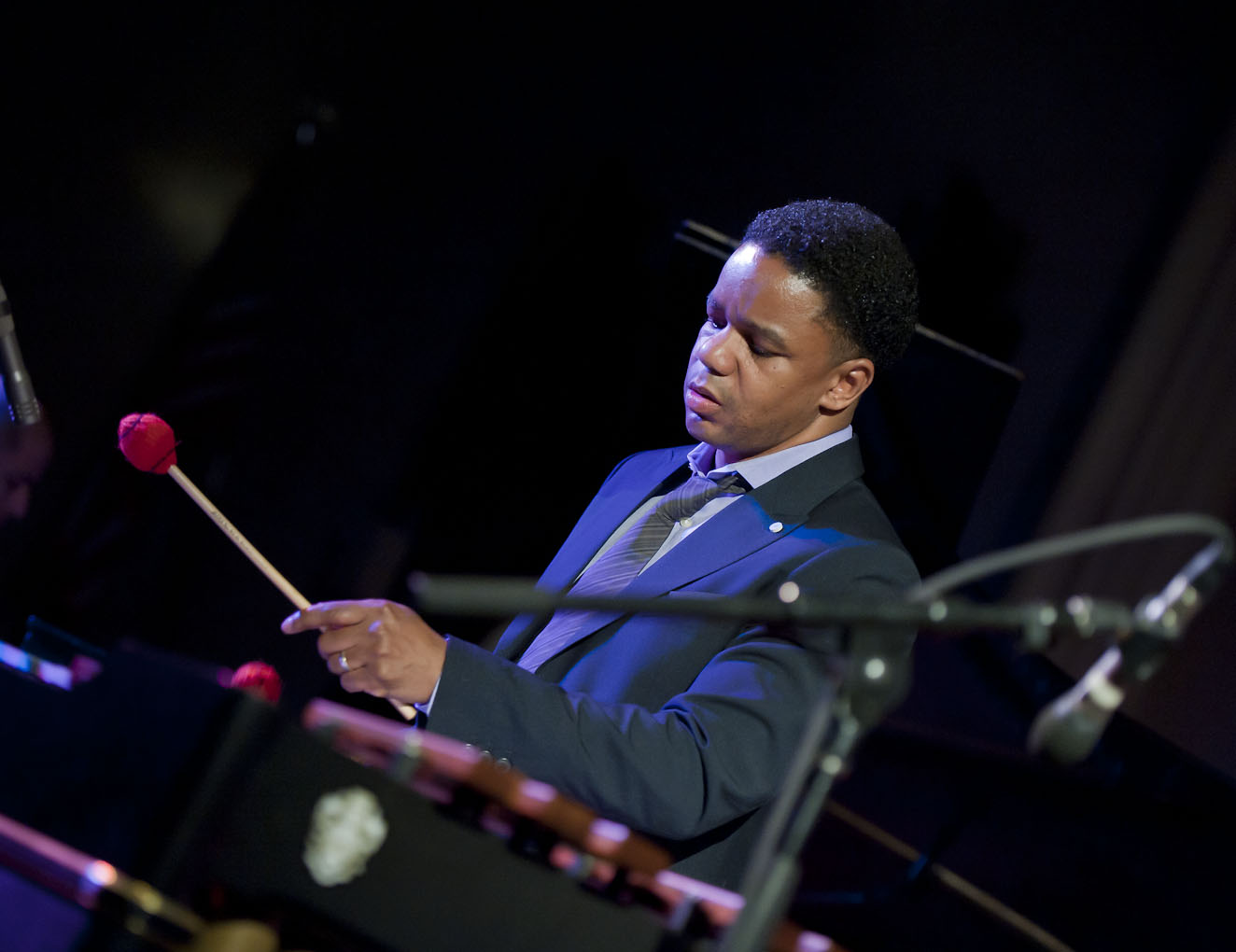 Stefon harris performs with ninety miles
