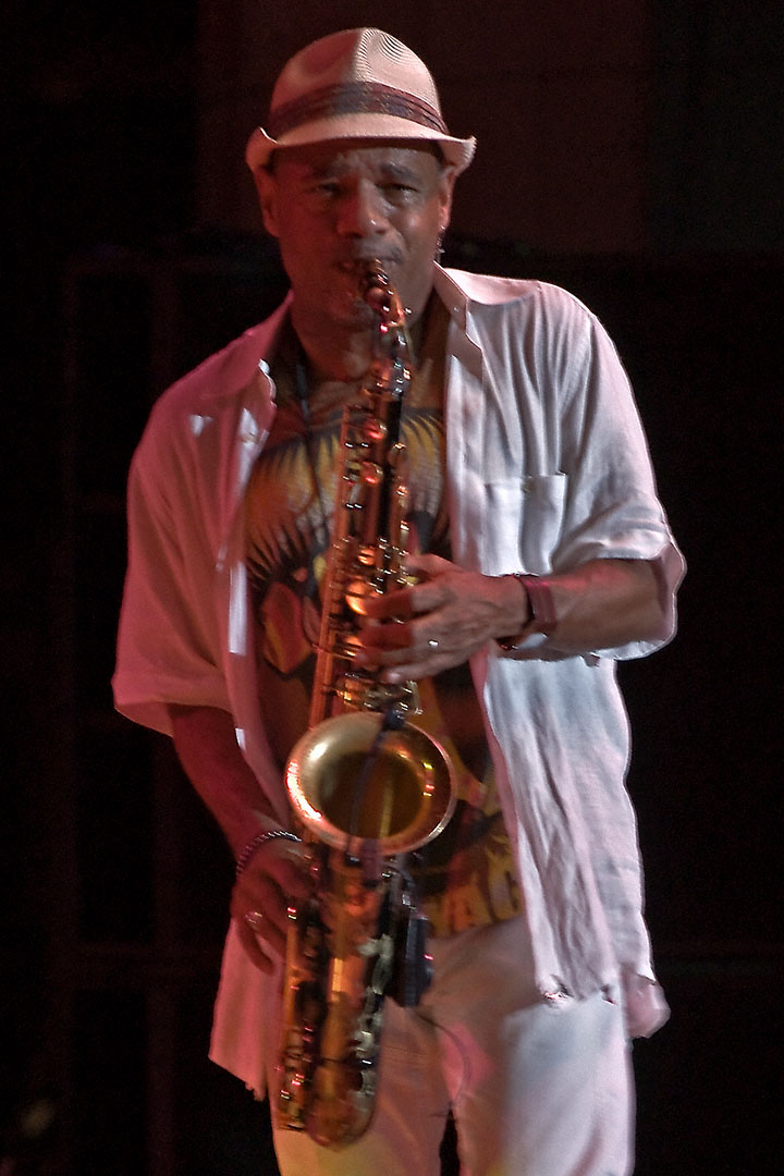 Kirk Whalum Performing at 2009 Columbia Jazzfest (MD)