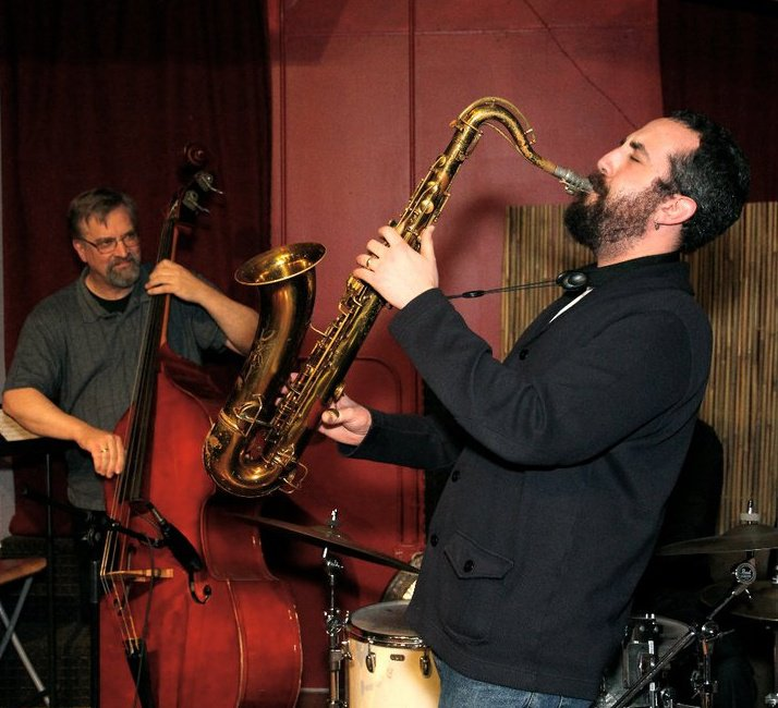 Adam Niewood Playing with Ratzo Harris
