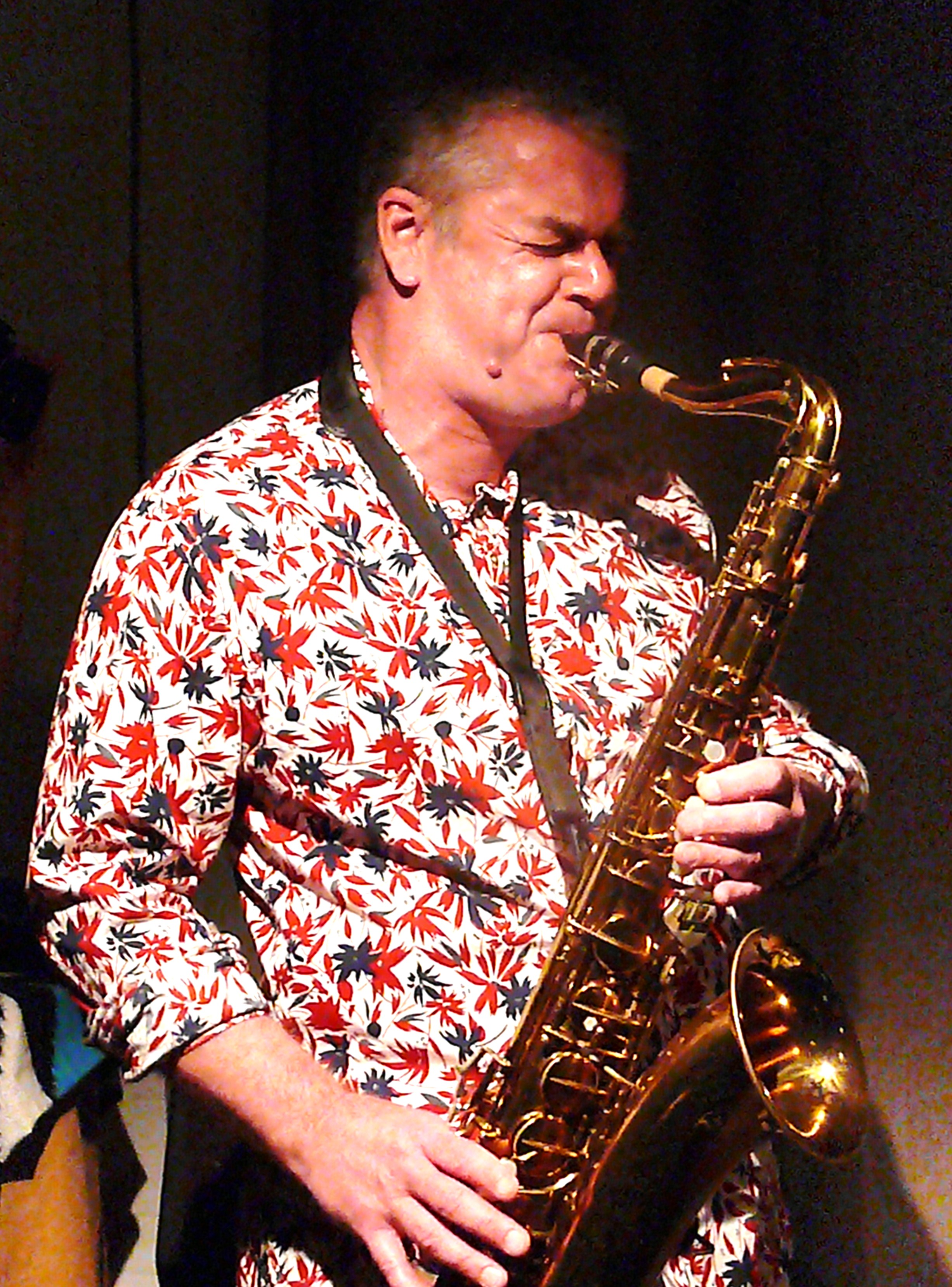 Tony Bevan at Cafe Oto, London in August 2010