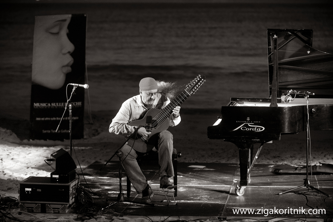 Egberto Gismonti at 6 O'Clock in the Morning at the City Beach