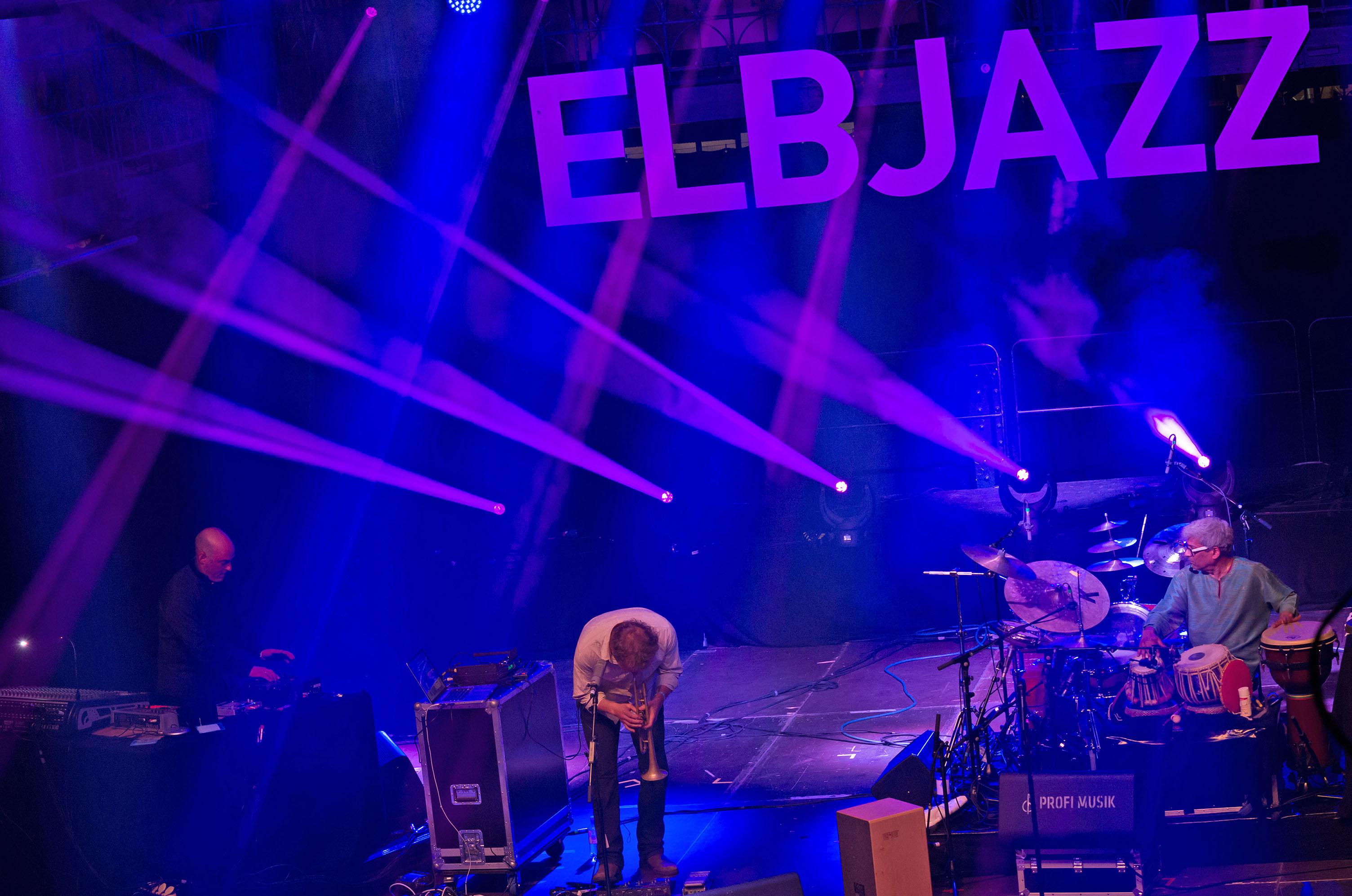 Molvær/bang/gurtu, 2013 elbjazz festival