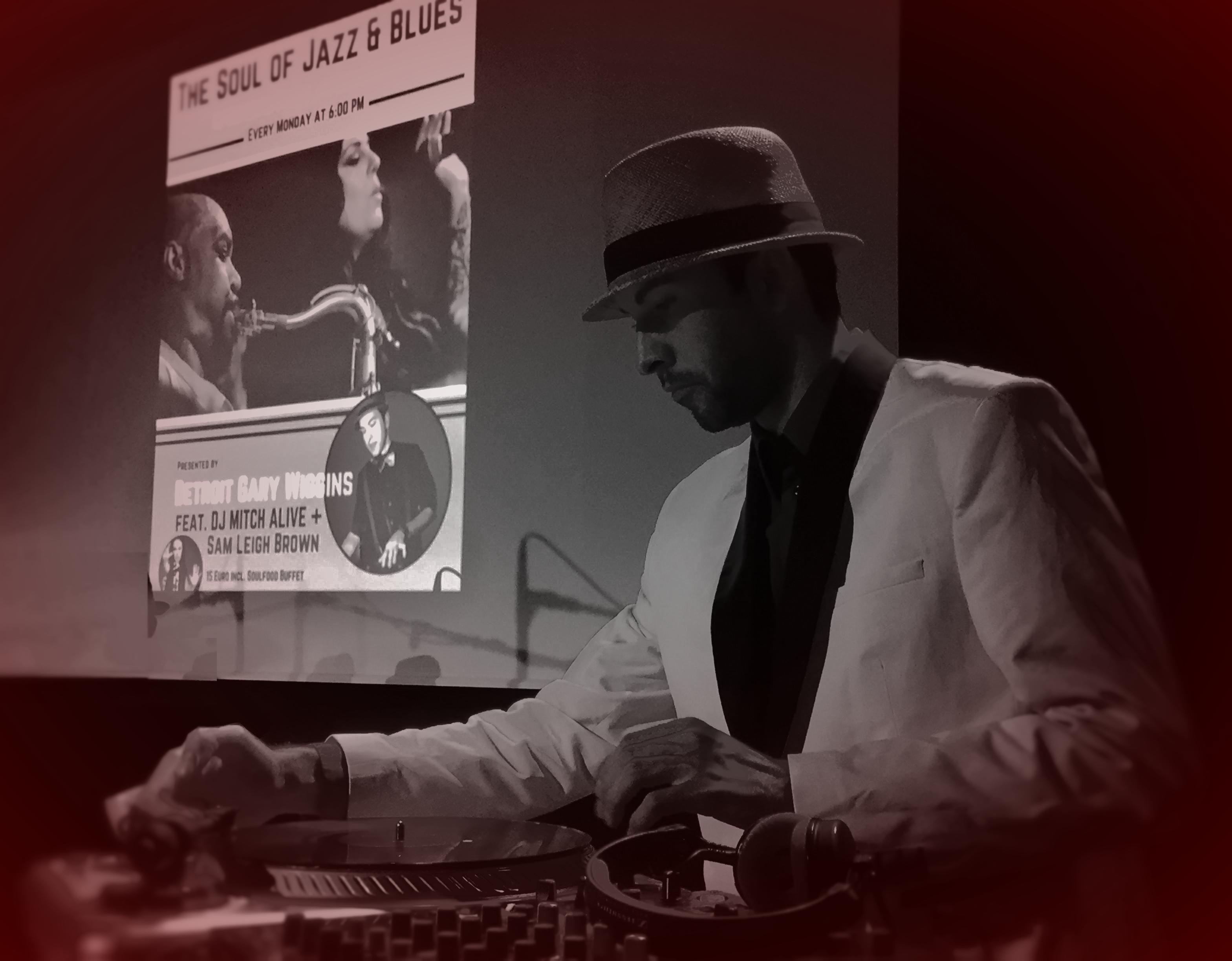 DJ MITCH ALIVE at RED BALLROOM