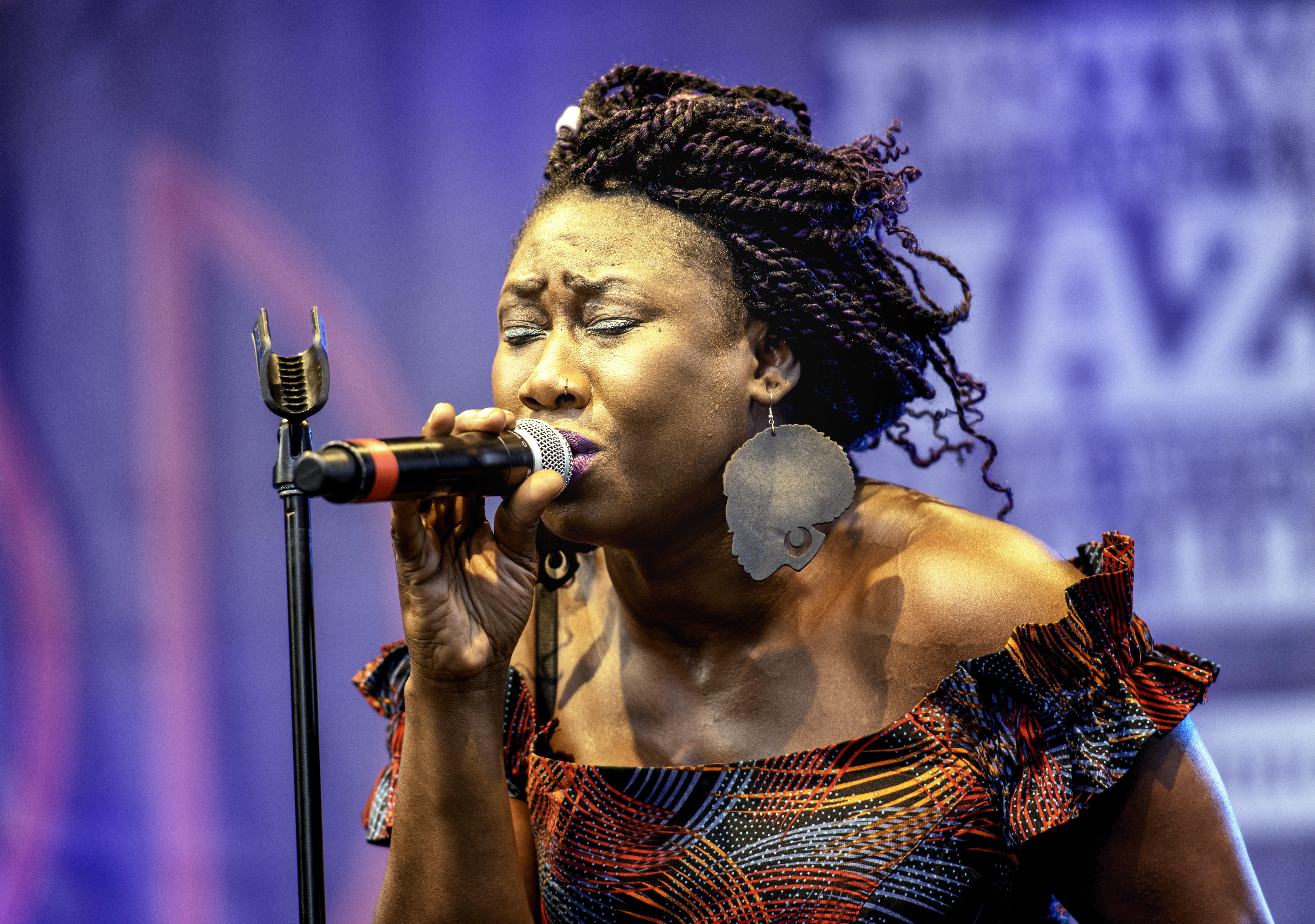 Djely Tapa with Afrikana Soul Sister At The Montreal International Jazz Festival 2019